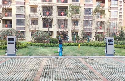 郑州昌原开封某小区汽车充电桩安装现场案例