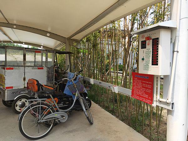 观澜一品小区10路便民充电站安装现场图2